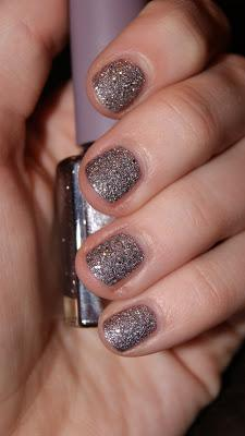 NOTD: p2 Sand Style Polish - Strict