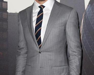 Spotted // Blue Eyed Actor Chris Pine in an Ermenegildo Zegna Suit