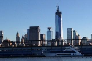 WTC-Drama bis zuletzt: New Yorks symbolischer Skyscraper erreicht volle Höhe