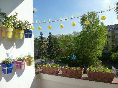 fruehling-auf-dem-balkon-L-KiunYQ.jpeg