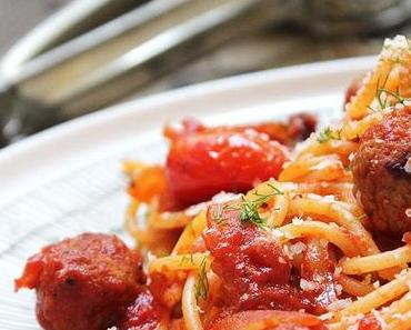 Spaghetti mit Salsiccia und Fenchel und ein bisschen Reisefieber