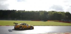 Schütz Motorsport schnellste im Warm Up in Spa