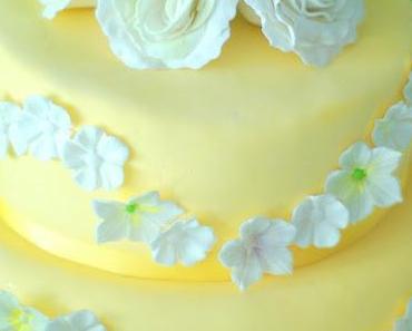 Zuckerrosen Torte zum Geburtstag