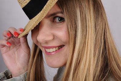 Professionelles Make Up Bei Douglas Mit Anschliessendem Fotoshooting