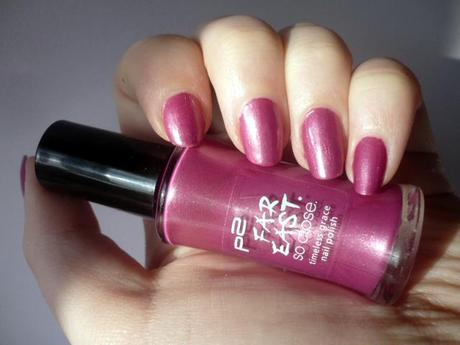 P2 Timeless grace nail polish 020 Pinkish purple