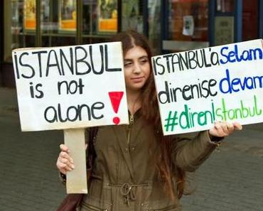 Berlin Supports Istanbul