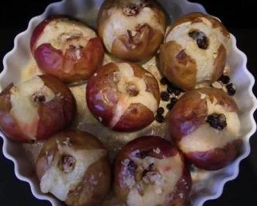 Der Kipfel, der Kapfel, der goldbraune Apfel.