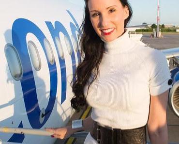"Condor Erstflug des Airbus A321 ""Voyager Android"" in Berlin"