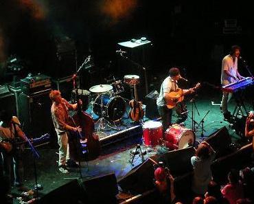 Ted Dwane: Mumford & Sons Bassist brauchte Not-Op wegen Blutgerinnsel
