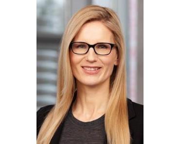 IM DIALOG MIT KUNDEN – Melanie Tamblé im Gespräch mit Alexandra Brune, Abteilungsleiterin Unternehmenskommunikation von HSE24