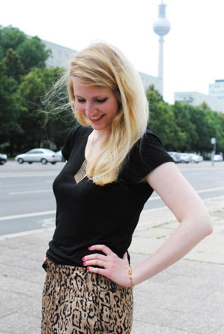 outfit gem tlich zum fashionbloggercaf. Black Bedroom Furniture Sets. Home Design Ideas