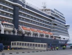 Rund um den Globus mit Holland America Line -  Grand Voyages in der Saison 2014