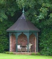 Gartenpavillon – ein lauschiges und praktisches Plätzchen