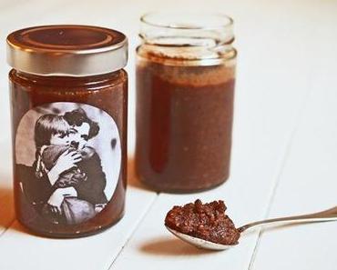 Post aus meiner Küche – Rezepte für den Filmabend (Teil 3: Selbstgemachte Nuss-Schokoladen-Creme)