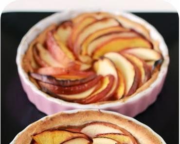 Kleine Apfel-Nektarinen-Tartes