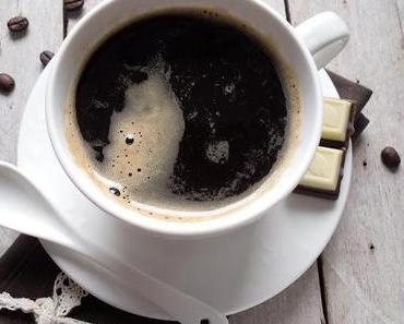 Espresso - Kardamon/Zimt Eis mit Cafe Brownie und Milchcreme Sauce