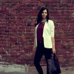 Outfit: a white blazer and the colors of fall
