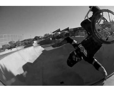 """Aaron """"Wheelz"""" Fotheringham – Extremsport mit Rollstuhl (Doku)"""