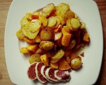Bratkartoffeln mal anders: in einer Pfanne mit Hokkaido Kürbis