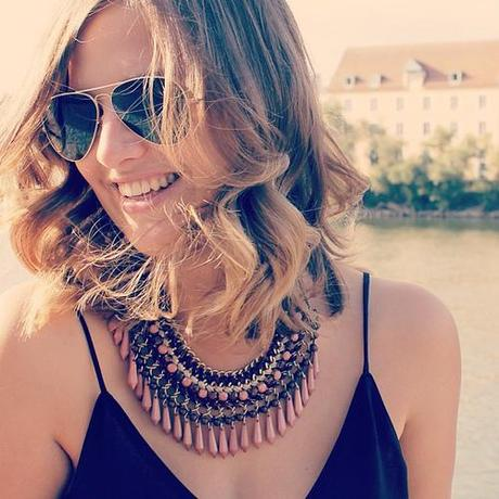 Later today on the blog  #blog #blogger #blogpost #outfit #statement #zara #necklace #new #newin #me #iphone #ombre #photooftheday #sun #smile #style #summer #sunnies #shorthair #fun #face #fashionsita #fashion #fashionblogger #fashionblogger_de #follow #