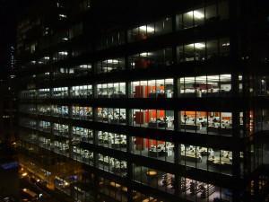 Volles Büro – besser als keine Arbeit