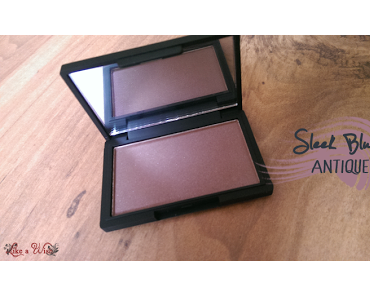 My first Sleek Blush - Antique