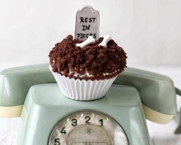 creepy me - halloween cupcakes