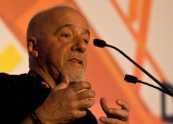 Der brasilianische Schriftsteller Paulo Coelho