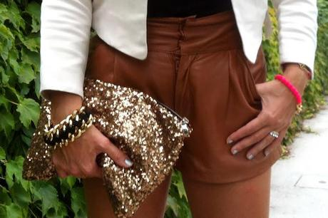 Friday to go: fringed and studded leather