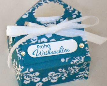 Kleine Verpackungen mit dem Envelope Punch Board