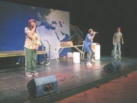SOS for Human Rights vom GRIPS Theater geht 2011 auf Tour