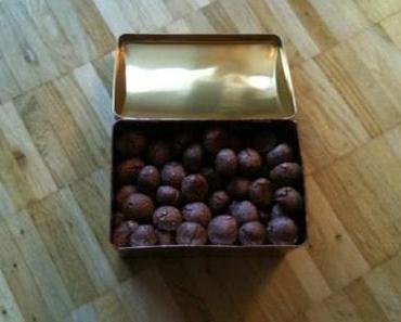 brunslikugeln schmecken auch nach weihnachten.
