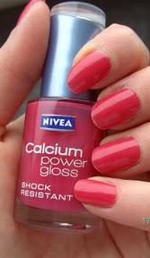 Lackiert: Calcium Power Gloss