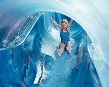 Adventskalenderfenster Nr. 7: Ideale winterliche Familienausflüge ins Alpamare und in den Zürich Zoo