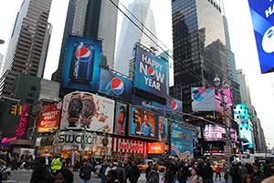 zzyzx-werbeagentur-graz_usa_advertising-werbung-marketing-kommunikation-kultur_winter-weihnachten_times-square-new-york3