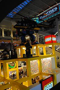 zzyzx-werbeagentur-graz_usa_advertising-werbung-marketing-kommunikation-kultur_winter-weihnachten_lego-store-mall-of-america-minneapolis