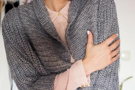 Kleidermaedchen-das-Blog-fuer-Fashion-Mode-Beauty-und-Lifestyle-Outfit-Winter-ootd-Outfit-of-the-day-Zara-H&M-Cardigan-Blouse-Jeans