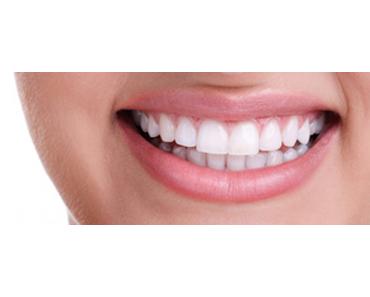 Die besten Tipps für ein strahlendes Lächeln und gesunde Zähne