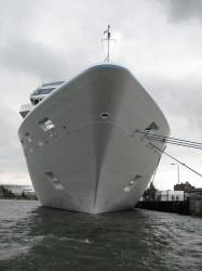 Arbeiten auf den sieben Weltmeeren – Jobs auf einem Kreuzfahrtschiff