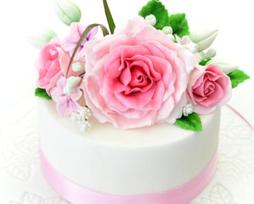 Rosentorte zur Hochzeit - Sachertorte