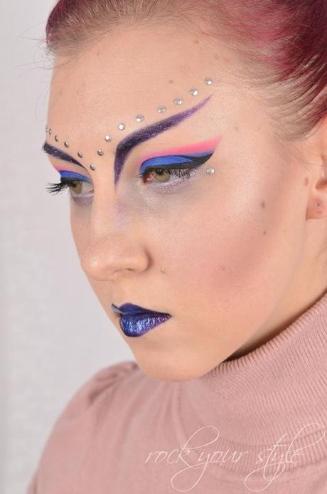 [Monday Make-Up Madness] Futuristisch