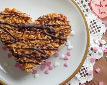 Bienenstichtörtchen / Bee String Cake Hearts