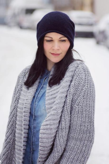 Kleidermaedchen-das-Blog-fuer-Mode-Fashion-Beauty-Lifestyle-Dark-Blue-Cashmere-Beanie-Cos