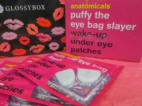 Love is in the air - Glossybox Valentine's Edition.