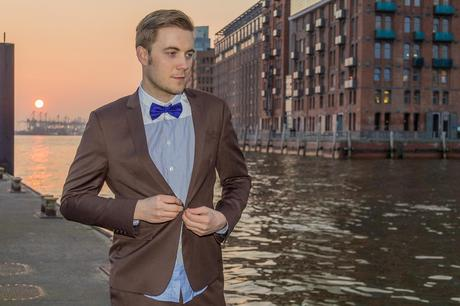 brown suit & purple bow tie 3