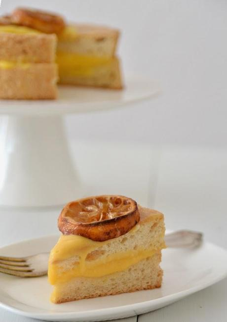 Morgenstund hat Gold im Mund { Angel Food Cake mit Lemon Curd }