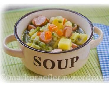 Samstagseintopf: Gemüsesuppe mit Würstchen