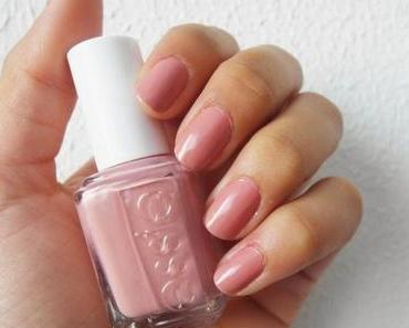 Nagellack: ESSIE - 676 ETERNAL OPTIMIST