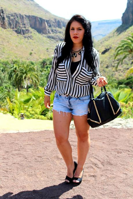 Outfit: Stripes at Palmitos Park