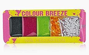 Nägel im angesagten Neon-Look - mit der neuen Limited Edition von RdeL Young!